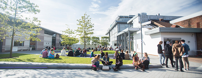 The Arts University Bournemouth - University of Arts for junior (Bournemouth in England)
