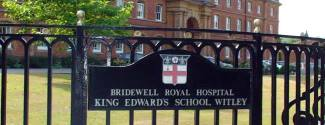 Language studies abroad in England - King Edwards School - Junior - Guildford
