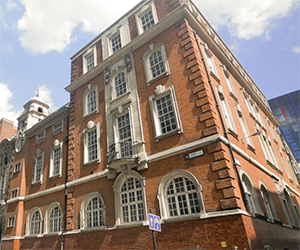 Language studies abroad London Tower Hill Kensington Academy of English - Tower Hill - KAE - London