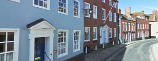 Immersion camps in England for a college student - Chichester College - Sussex
