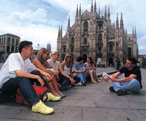 Language studies abroad Milan LINGUAVIVA - Milan - Milan