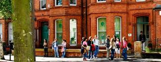 Programmes in Northern Ireland for a junior - IH-BELFAST - Belfast