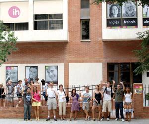 0 - CLIC - Centro de Lenguas e Intercambio Cultural - Cadix for professional