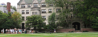 Language Travel in United States for a junior - Yale University - New Haven